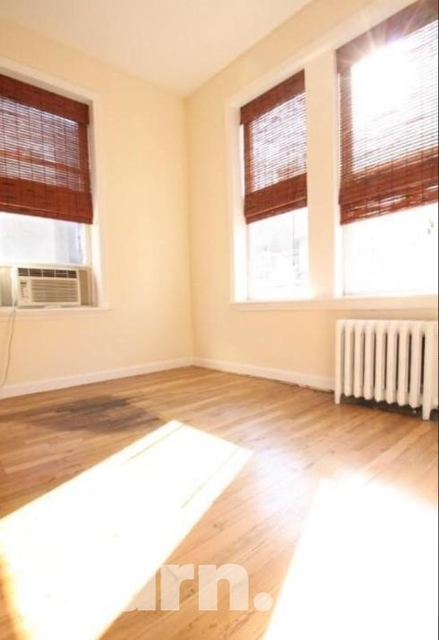 2 Bedrooms, Little Italy Rental in NYC for $3,109 - Photo 2