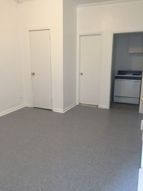 2 Bedrooms, Astoria Rental in NYC for $1,890 - Photo 1