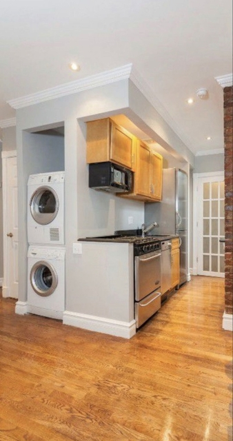 1 Bedroom, East Village Rental in NYC for $3,504 - Photo 2