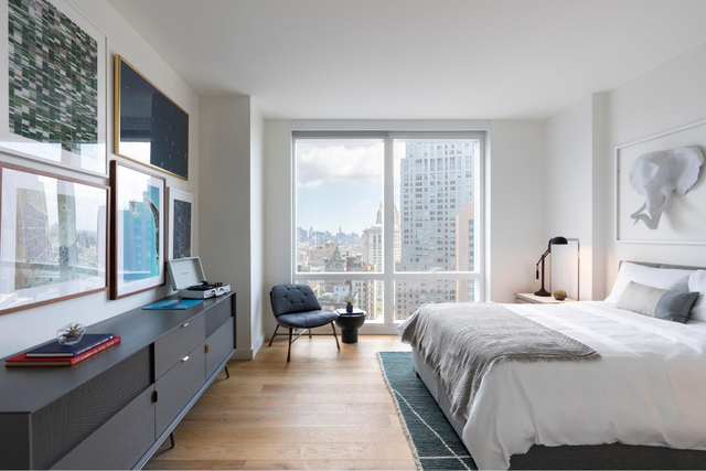 Studio, Financial District Rental in NYC for $3,495 - Photo 2
