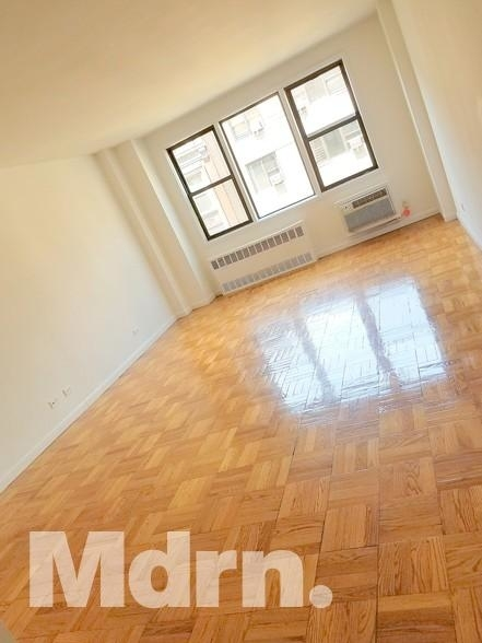 2 Bedrooms, Gramercy Park Rental in NYC for $2,895 - Photo 1