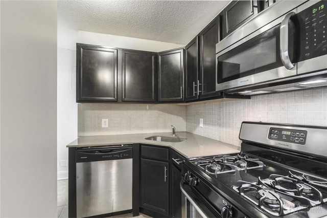 3 Bedrooms, East Harlem Rental in NYC for $3,900 - Photo 2