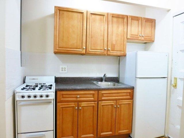 Studio, Upper East Side Rental in NYC for $1,672 - Photo 2