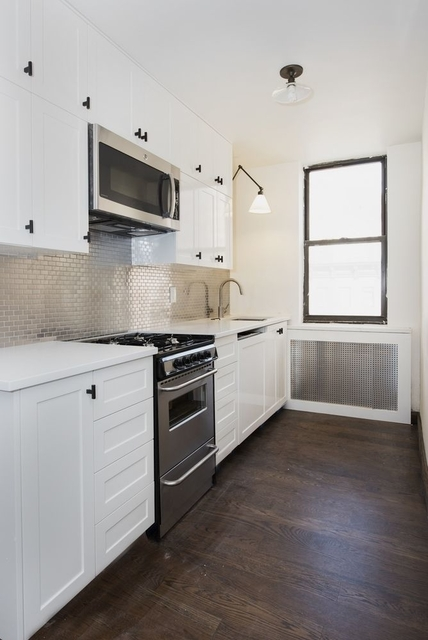 3 Bedrooms, Hell's Kitchen Rental in NYC for $4,975 - Photo 1