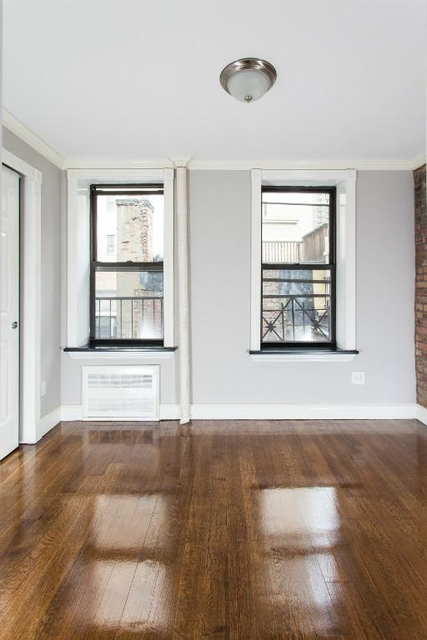 2 Bedrooms, Upper East Side Rental in NYC for $3,596 - Photo 2