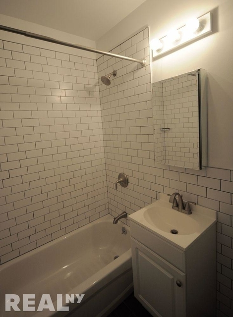 2 Bedrooms, Carroll Gardens Rental in NYC for $4,200 - Photo 2