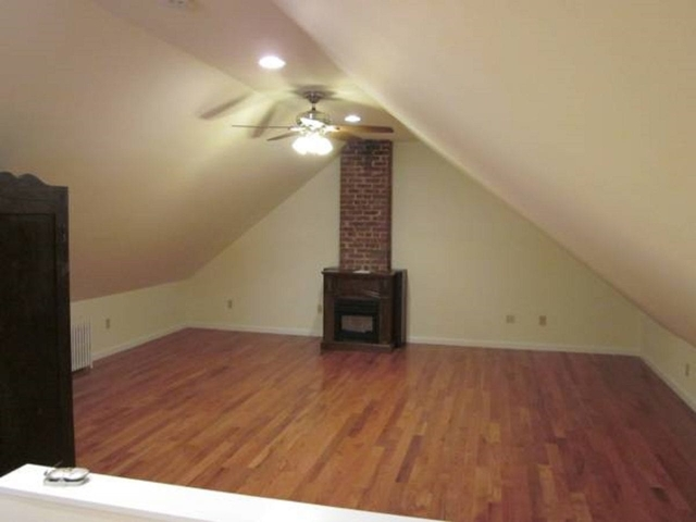 3 Bedrooms, Sunnyside Rental in NYC for $3,250 - Photo 2