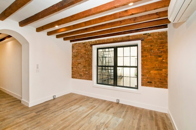 2 Bedrooms, Theater District Rental in NYC for $3,595 - Photo 2