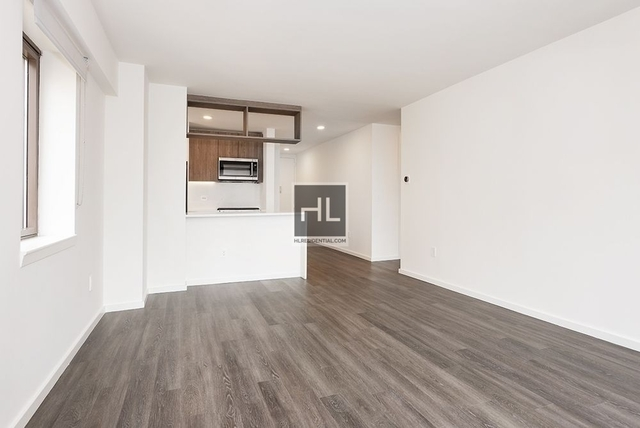 2 Bedrooms, Hell's Kitchen Rental in NYC for $5,285 - Photo 1