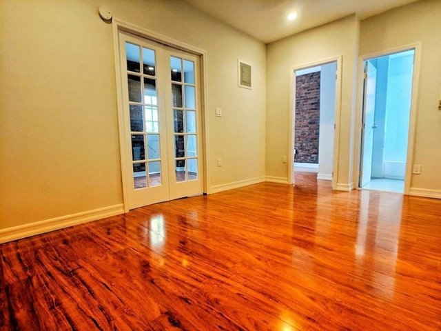 2 Bedrooms, Brooklyn Heights Rental in NYC for $3,750 - Photo 2