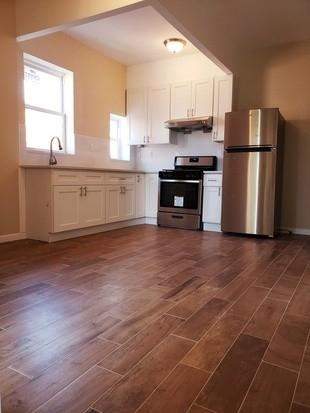 2 Bedrooms, Bensonhurst Rental in NYC for $1,750 - Photo 2