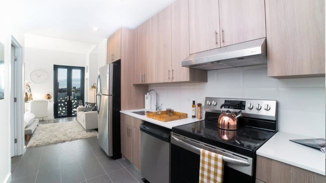 Studio, Long Island City Rental in NYC for $2,394 - Photo 2