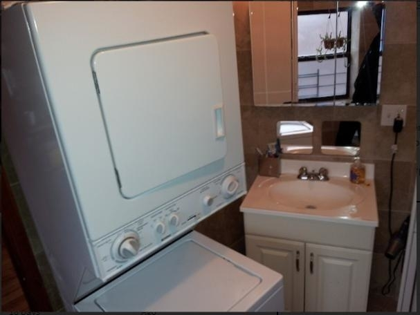 3 Bedrooms, Boerum Hill Rental in NYC for $3,300 - Photo 2