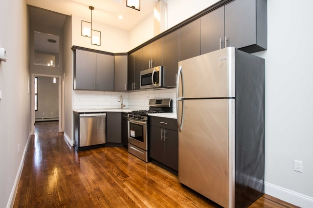 2 Bedrooms, Bushwick Rental in NYC for $3,199 - Photo 1