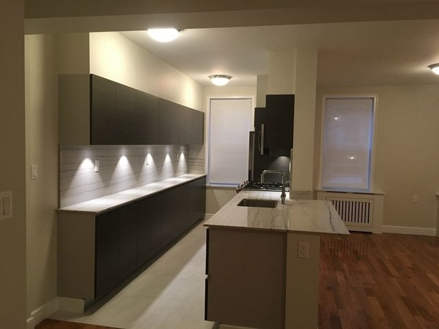 2 Bedrooms, Chelsea Rental in NYC for $6,175 - Photo 1