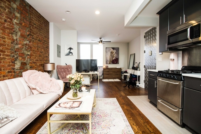 Studio, Ridgewood Rental in NYC for $1,995 - Photo 1