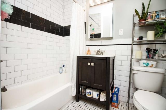 Studio, Ridgewood Rental in NYC for $2,000 - Photo 2