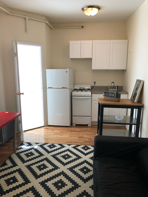 1 Bedroom, Lincoln Square Rental in NYC for $2,125 - Photo 1