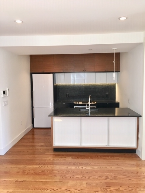 3 Bedrooms, Prospect Lefferts Gardens Rental in NYC for $2,789 - Photo 1