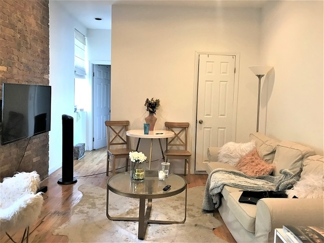 2 Bedrooms, Alphabet City Rental in NYC for $3,365 - Photo 1