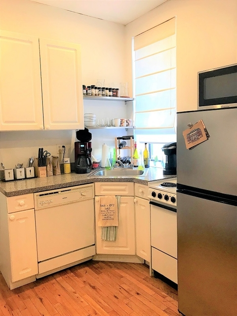 2 Bedrooms, Alphabet City Rental in NYC for $3,365 - Photo 2
