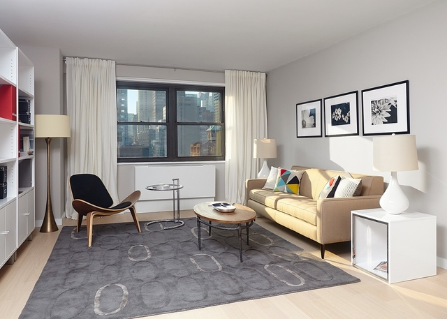 3 Bedrooms, Murray Hill Rental in NYC for $6,923 - Photo 1