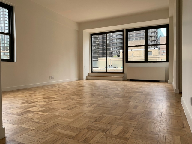 2 Bedrooms, Turtle Bay Rental in NYC for $6,725 - Photo 1