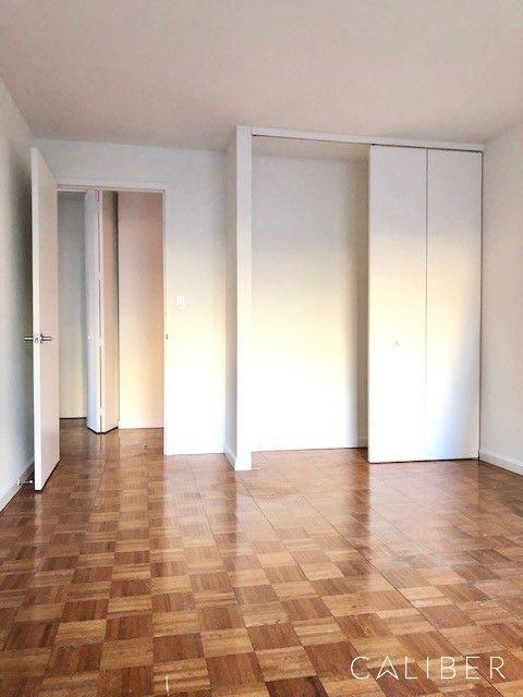2 Bedrooms, Kips Bay Rental in NYC for $3,500 - Photo 2