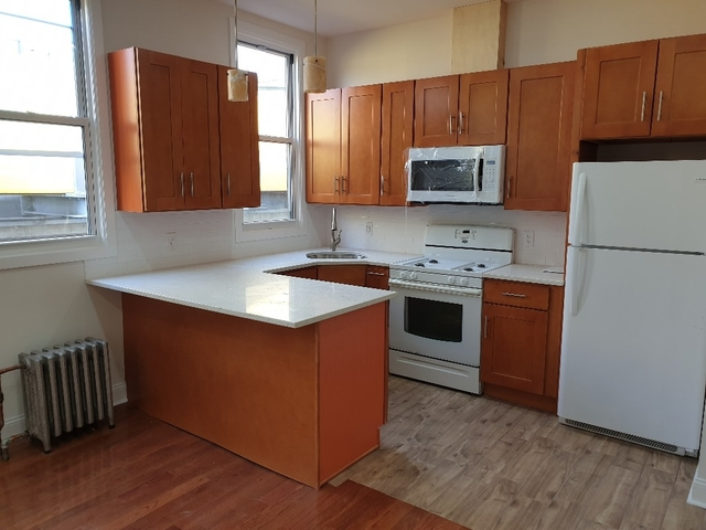 3 Bedrooms, Bushwick Rental in NYC for $2,549 - Photo 2