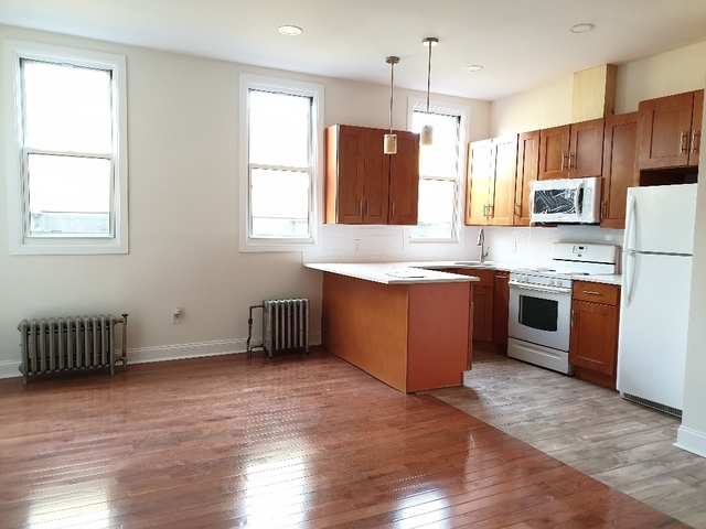 3 Bedrooms, Bushwick Rental in NYC for $2,549 - Photo 1