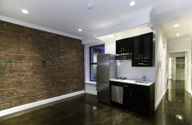 2 Bedrooms, Gramercy Park Rental in NYC for $3,666 - Photo 2