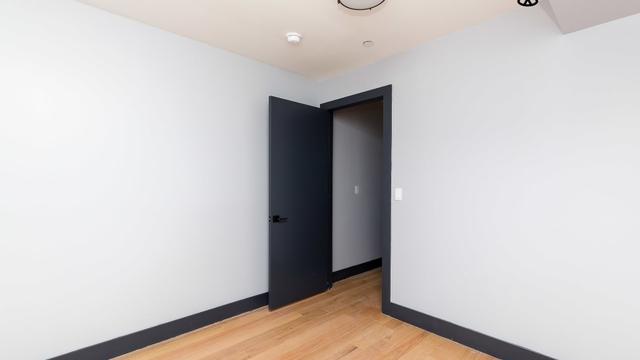 2 Bedrooms, Weeksville Rental in NYC for $2,400 - Photo 2