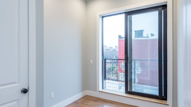 3 Bedrooms, East Williamsburg Rental in NYC for $3,900 - Photo 2