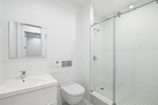 3 Bedrooms, Gramercy Park Rental in NYC for $6,700 - Photo 2