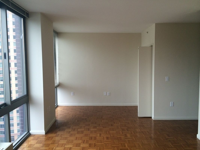 Studio, Chelsea Rental in NYC for $3,850 - Photo 2