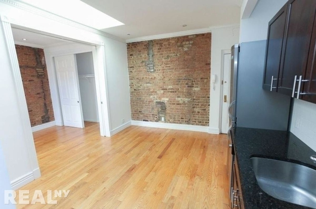 3 Bedrooms, Alphabet City Rental in NYC for $5,695 - Photo 1