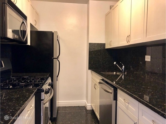 3 Bedrooms, Lincoln Square Rental in NYC for $6,850 - Photo 1