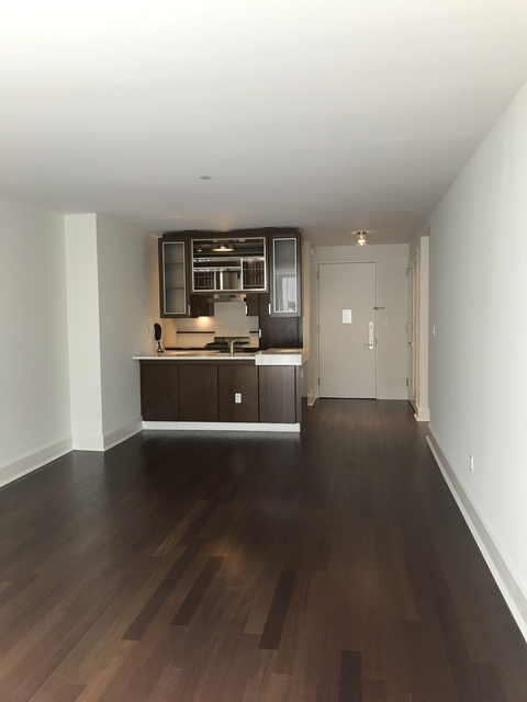1 Bedroom, Lincoln Square Rental in NYC for $4,530 - Photo 2