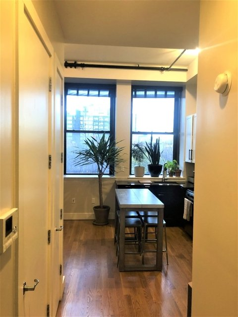 1 Bedroom, Williamsburg Rental in NYC for $2,750 - Photo 2