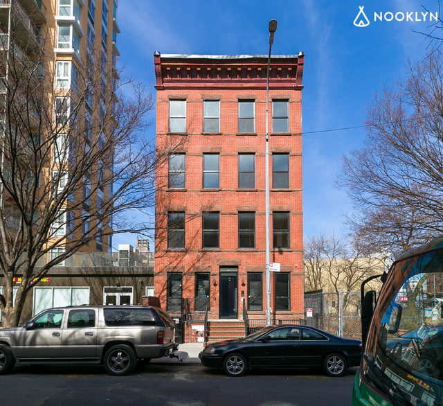 1 Bedroom, Bedford-Stuyvesant Rental in NYC for $3,300 - Photo 2