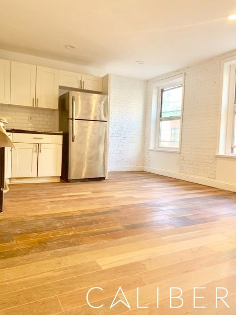 3 Bedrooms, Little Italy Rental in NYC for $4,800 - Photo 1