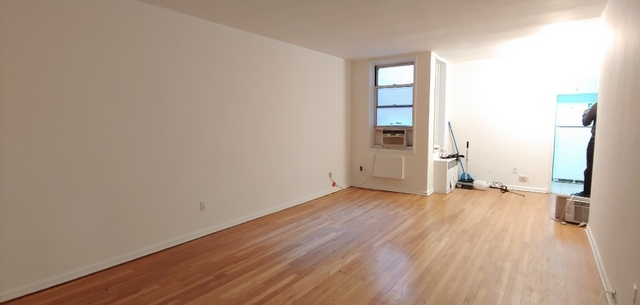 1 Bedroom, Kensington Rental in NYC for $1,700 - Photo 1