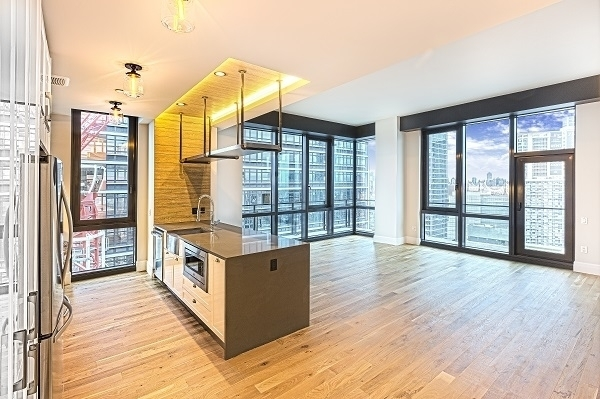 2 Bedrooms, Long Island City Rental in NYC for $5,369 - Photo 1