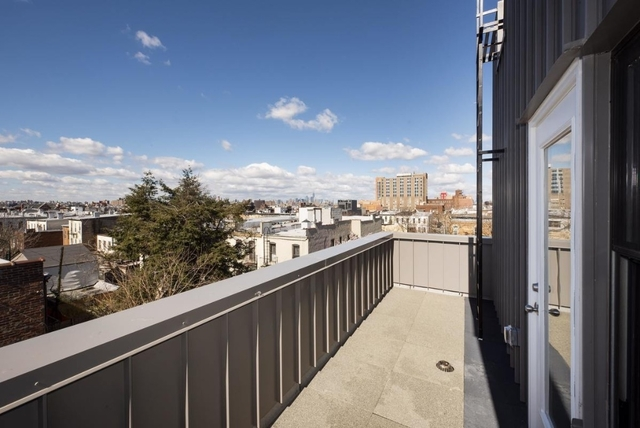 Studio, Civic Center Rental in NYC for $1,900 - Photo 2
