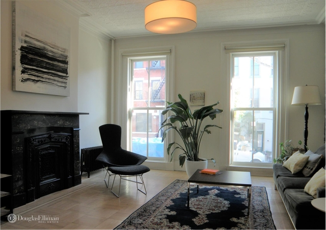 2 Bedrooms, Carroll Gardens Rental in NYC for $9,500 - Photo 2