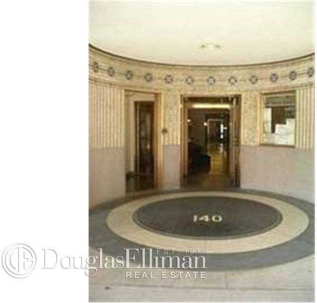 2 Bedrooms, Lincoln Square Rental in NYC for $7,427 - Photo 2