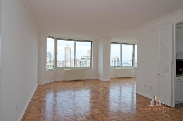 3 Bedrooms, Yorkville Rental in NYC for $9,000 - Photo 1
