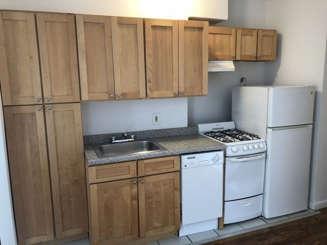 2 Bedrooms, Lower East Side Rental in NYC for $2,895 - Photo 2