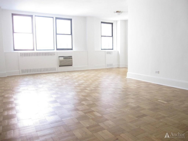 3 Bedrooms, Yorkville Rental in NYC for $8,075 - Photo 1
