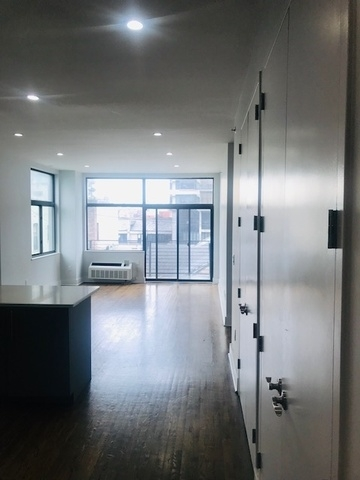 2 Bedrooms, East Harlem Rental in NYC for $3,793 - Photo 2